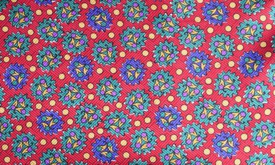 Lavallière Rouge, Jaune, Vert, Bleu - à motifs, Dessin 200047