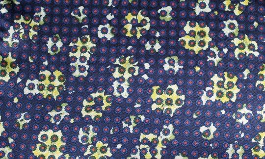 Foulard en soie Rouge, Jaune, Bleu marine - Fleurs, Dessin 200058